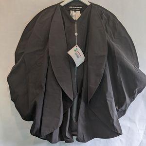 Comme Des garcons mantella rain coat size S BNWT